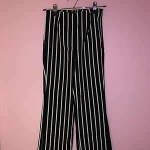 Black and White Stripped Pant